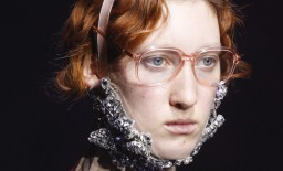 Làm cách nào để thoát khỏi cằm đôi ??? Chia sẻ của Alena Ponomarenko, Vogue Ukraine